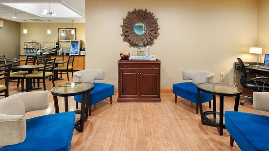 Best Western Plus University Inn: Lobby