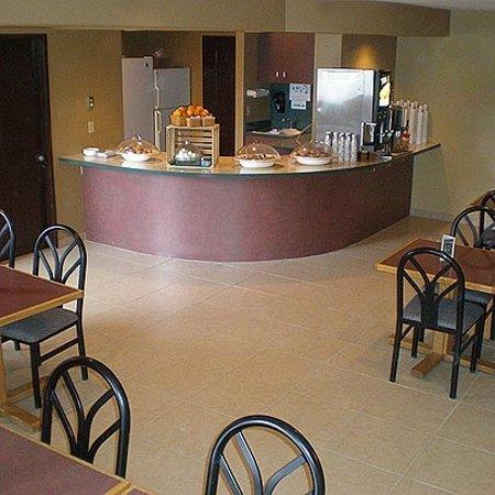 The La Grande Inn Lobby