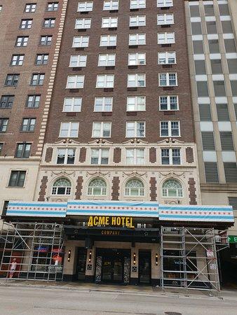 ACME Hotel Company: ACME Hotel