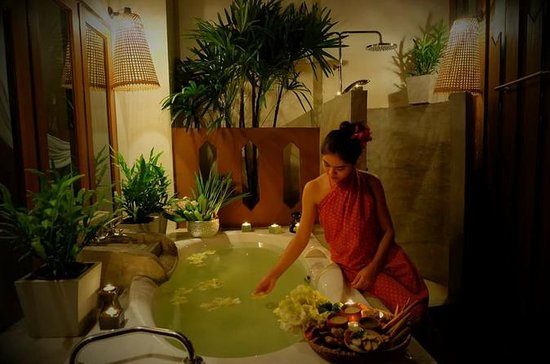Arayana Couple Spa Package In Chiang...
