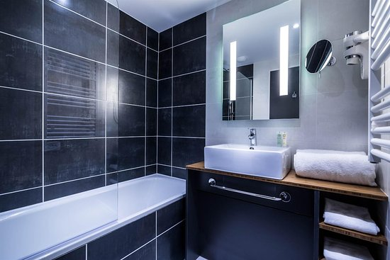 Bois Colombes, ฝรั่งเศส: Guest Bathroom