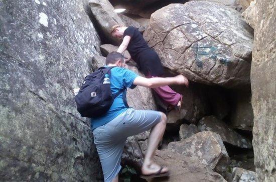 Day tour, hiking maligathenna rock