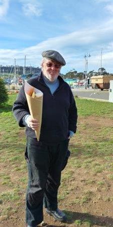 Triabunna, Australia: Seafood served in a cone!