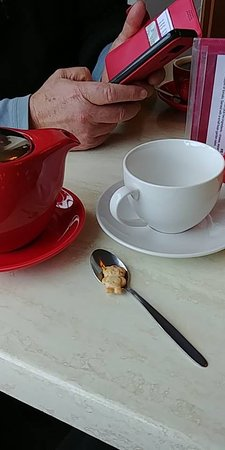Oatlands, Australia: Tiny teddy with my tea