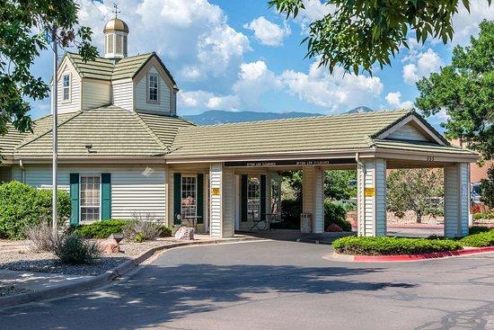 Quality Inn Suites Garden Of The Gods Hotel Colorado Springs Voir Les Tarifs Et 5 Avis