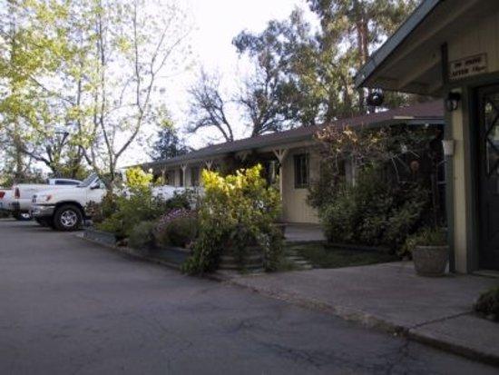 Kelseyville, CA: Exterior