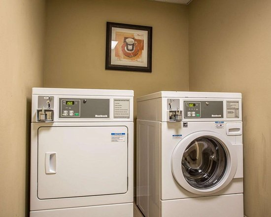 Comfort Suites: Guest laundry facilities