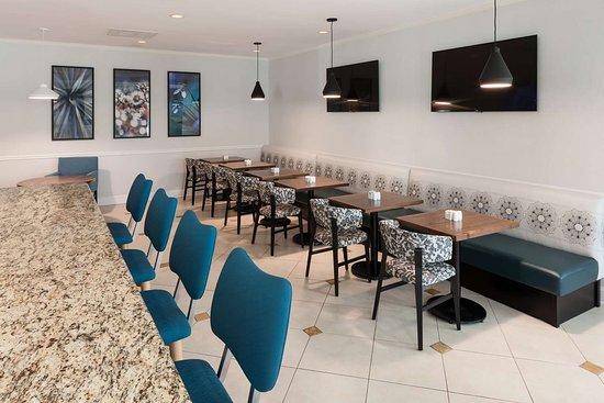 Captivating Hilton Garden Inn Frisco: Restaurant Great Pictures