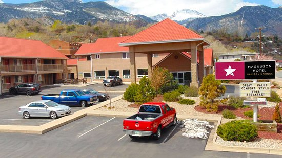 Magnuson Hotel Manitou Springs: MH ManitouSprings ManitouSprings CO