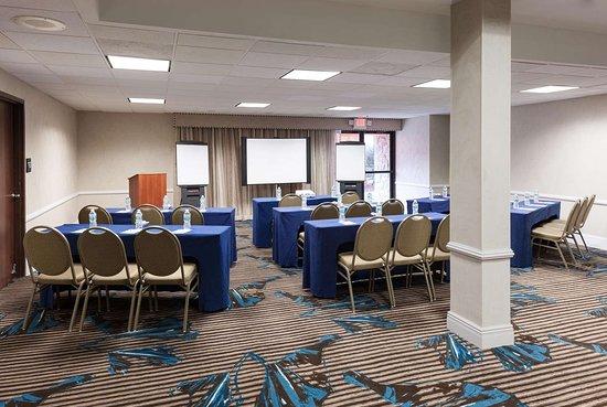 Jacksonville Restaurants With Meeting Rooms