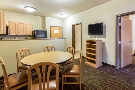 Glenwood Suites 157 1 6 7 Updated 2018 Prices Hotel Reviews Glenwood Springs Co