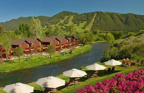 Rustic Inn Creekside Resort and Spa at Jackson Hole