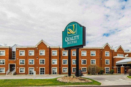 Quality Suites Quebec City  93    U03369 U03369 U0336
