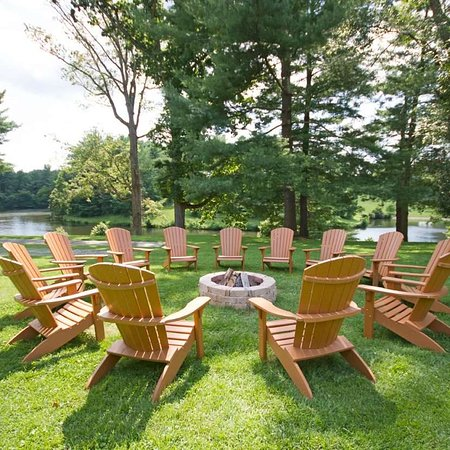Warrenton, VA: outdoor seating