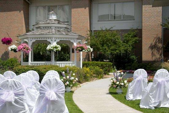 Hilton Garden Inn St. Charles