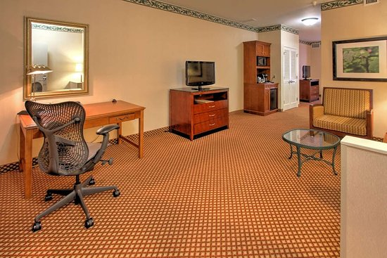 Hilton Garden Inn Williamsburg 127 1 5 8 Updated 2018 Prices Hotel Reviews Va