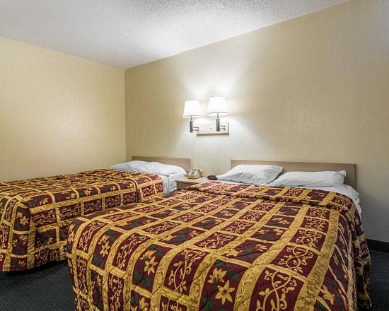 رودواي إن بويبلو سي أو: Guest room with double beds