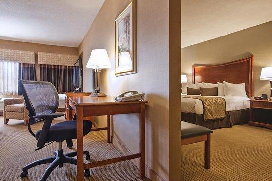 North Haven, CT: Standard Suite