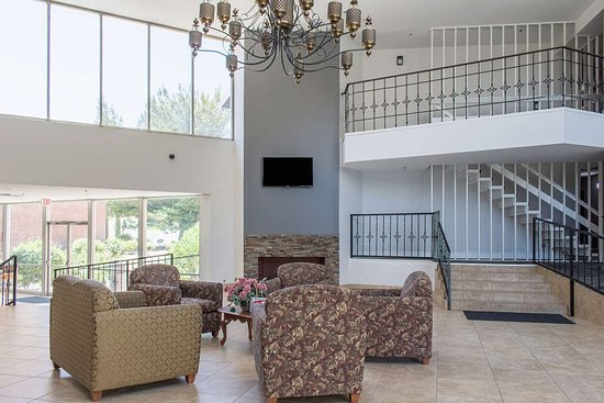 Gorman, Kaliforniya: lobby