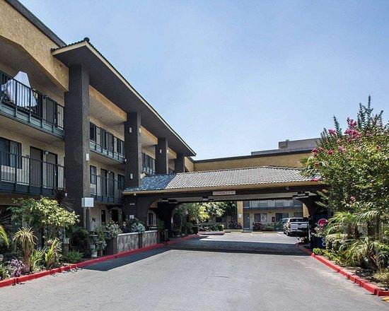 Hotels Near Ontario Convention Center California