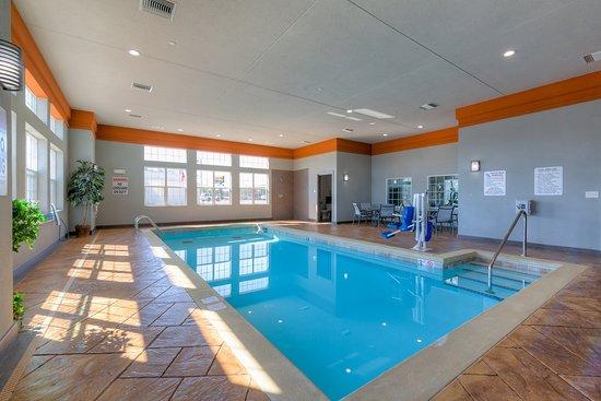 Coweta, OK: Indoor Heated Pool