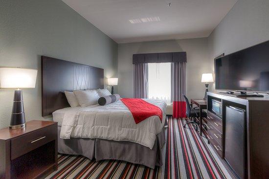 Coweta, OK: King Room