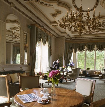Alderminster, UK: The Grand Drawing Room Low
