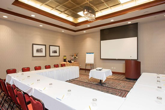 Hilton garden inn indianapolis south greenwood 122 1 3 3 updated 2018 prices hotel for Hilton garden inn greenwood indiana