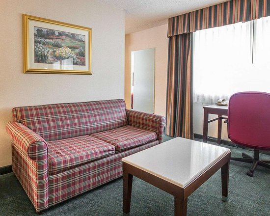 Walnut, كاليفورنيا: Spacious suite with sofa sleeper