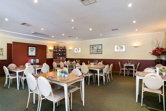 Comfort Inn Anzac Highway: On-site restaurant