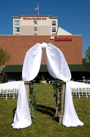 Hilton Garden Inn Troy Updated 2018 Prices Amp Hotel