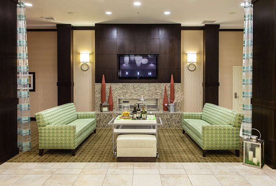 Hilton garden inn arlington shirlington 102 1 2 9 updated 2018 prices hotel reviews for Hilton garden inn crystal city va