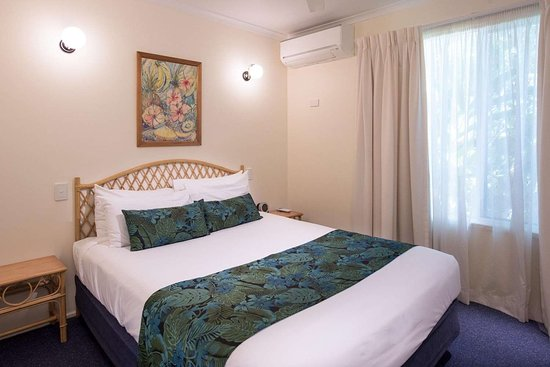 Blacks Beach, ออสเตรเลีย: Guest room with queen bed