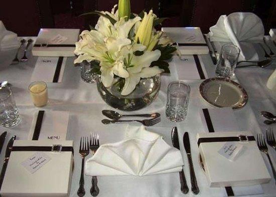 Quality Hotel Colonial Launceston: Hotel restaurant