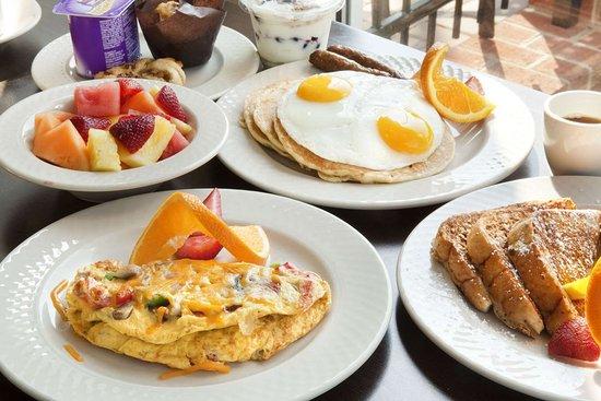 Captivating Hilton Garden Inn Silver Spring North: Restaurant Pictures