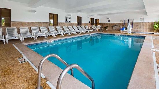 بست ويسترن بين - أوهيو إن آند سويتس: Indoor Pool