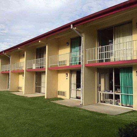 Manning, ساوث كارولينا: Sunset Inn Manning Exterior