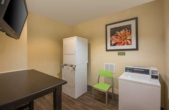 Hilton Garden Inn Denver South Park Meadows Area