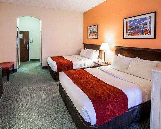 Comfort Suites Airport Hotel