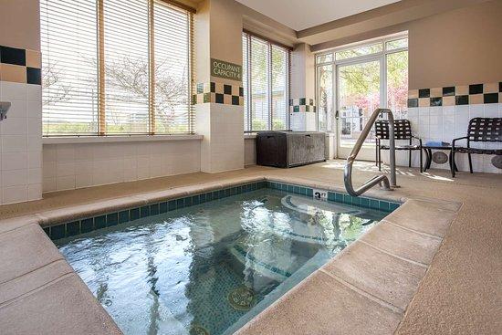 Englewood, CO: Pool