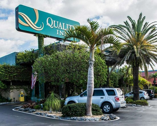 Quality Inn South at The Falls hotel in Miami FL