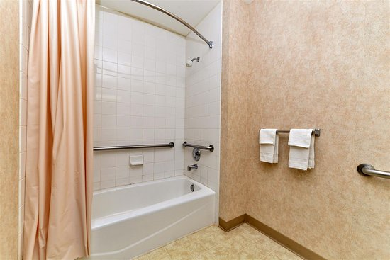 Snowflake, Аризона: Accessible Guest Bathroom