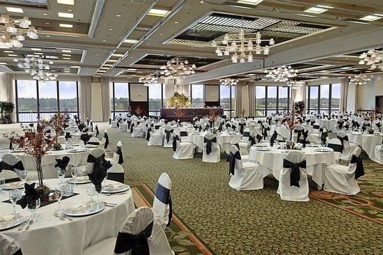 Red Lion Hotel On The River Ballroom Jantzen Beac