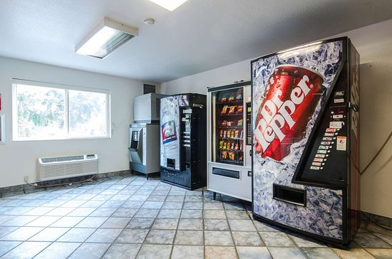 Motel 6 Seattle Sea-Tac Airport South: vending