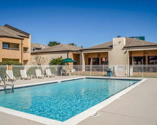 Quality Inn Suites Pensacola Bayview Bewertungen Fotos