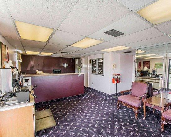 Avon Park, FL: Hotel lobby