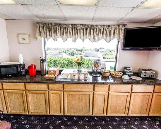Avon Park, FL: Breakfast area