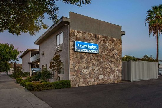 Travelodge By Wyndham Fresno Yosemite Area  C U0336  U03369 U03364 U0336  C 80