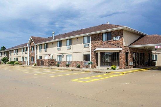 Sioux Center, Iowa: Hotel exterior