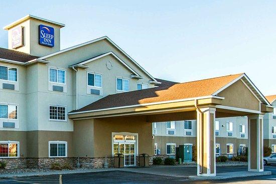 Pleasant Hill, IA: Hotel exterior